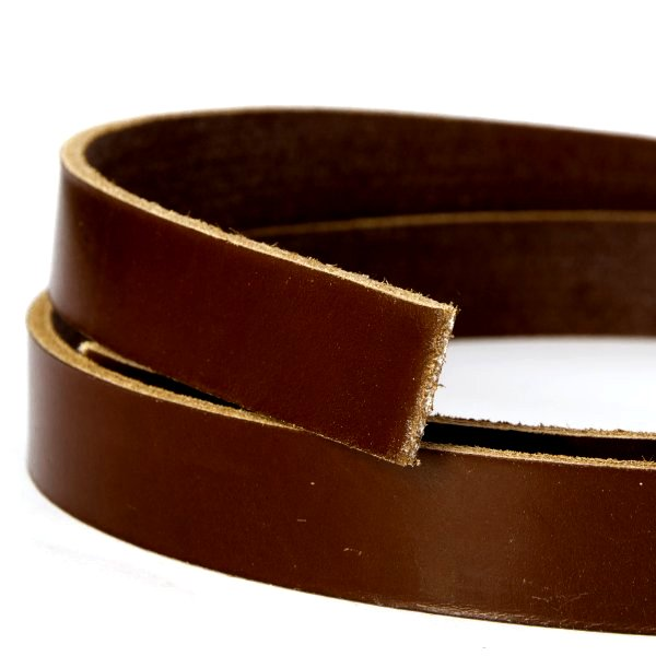 Eyelets leather strip synthetic