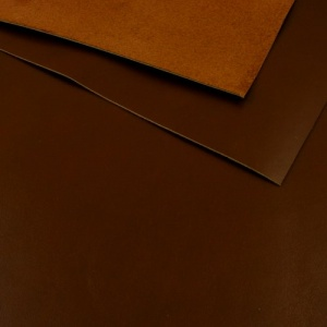 1.3mm Glossy Dark Brown Leather A4