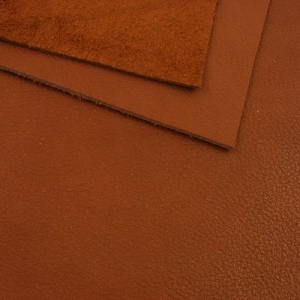 1.7mm Red Brown Crease Texture Leather A4