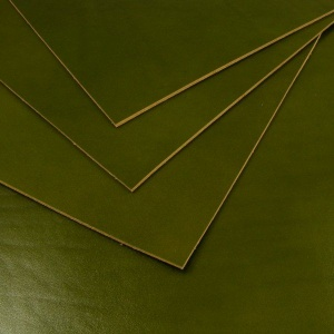 2.2mm Glossy Green Vegetable Tanned Leather A4