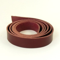 2 - 2.5mm Burgundy Vegetable Tanned Leather Strip