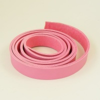 2 - 2.5mm Pink Vegetable Tanned Leather Strip