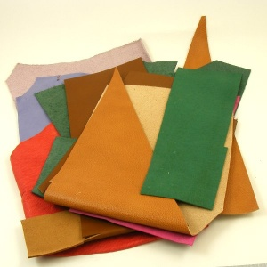 Mixed Coloured Leather Pieces 500g Pack