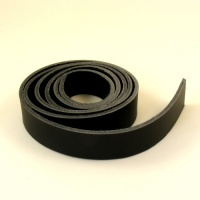 2.8-3mm Black Waxy Rustic Belt Strip
