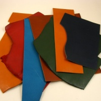 1.5mm Coloured Soft Vegetable Tanned Pieces 350g