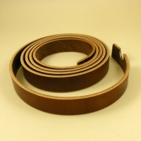 Bakers Tannery Bridle Back - Conker 4-5mm